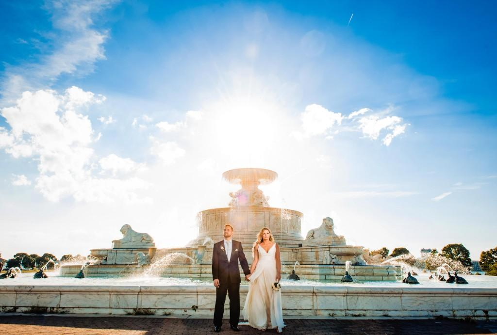 Fountain with bride and groom by benjamin deibert photography, philadelphia wedding photographer, wedding photographers, philadelphia weddings